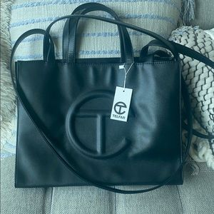 🆕 NWT TELFAR GLOBAL MEDIUM SHOPPING BAG - BLACK